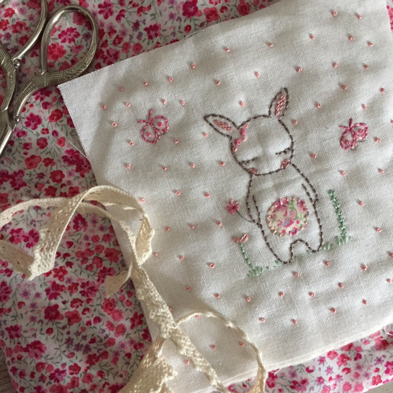 Lilipopo little bunnies backing and lace